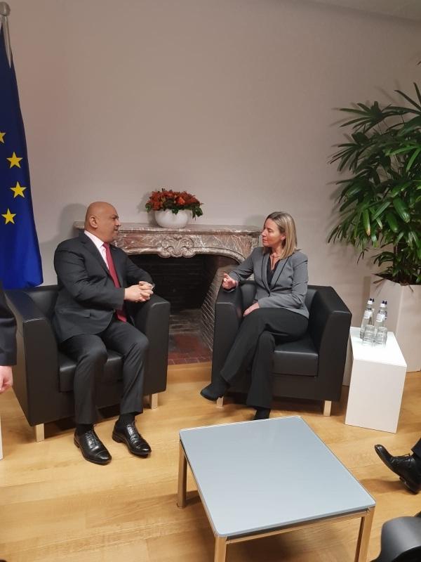 وزير الخارجية يدعو لمضاعفة المساعدات الإنسانية لليمن