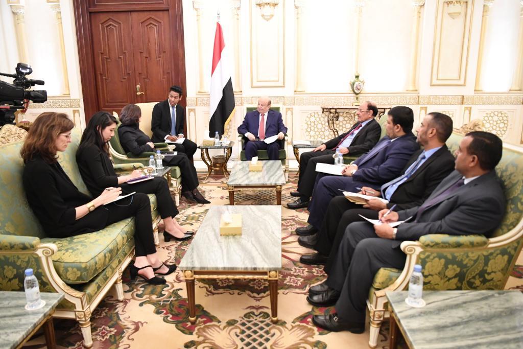 الرئيس هادي يستقبل مساعدة الأمين العام للأمم المتحدة للشؤون السياسية