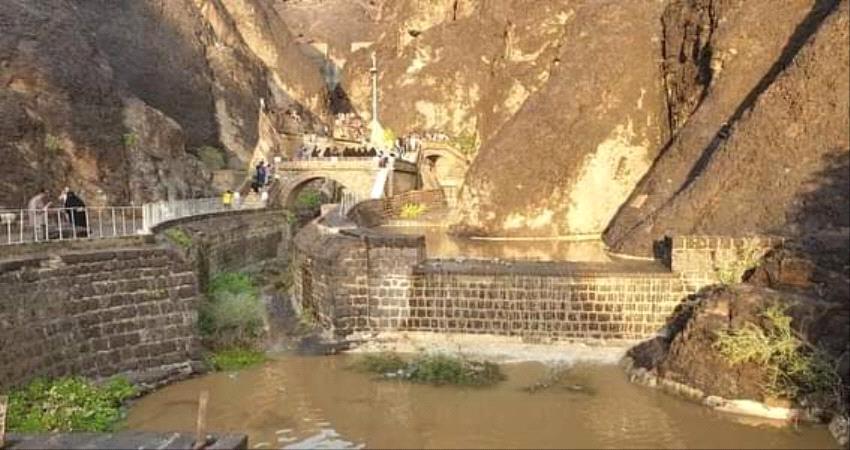 تحالف دعم الشرعية يطلق حملة إغاثية عاجلة للمتضررين جراء الأمطار الغزيرة في عدن والمحافظات المجاورة لها