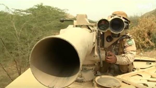 """بالفيديو والصور .. سلاح """"التاو"""" الذي ارعب الحوثيين وأخرجهم من جحورهم المختبئين فيها"""