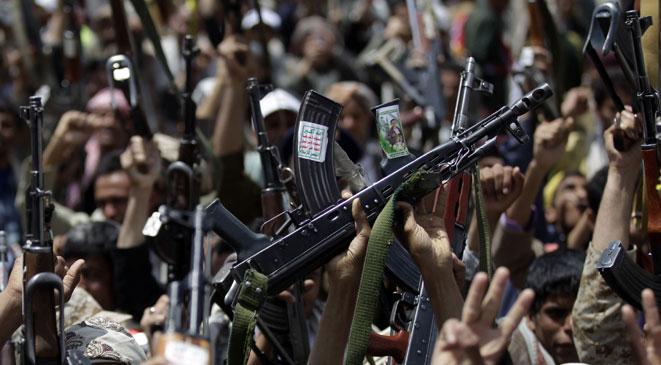 خطة حوثية قذرة لاستغلال معاناة المواطنين وافتعال ازمة الغاز والوقود في صنعاء مع اقتراب شهر رمضان