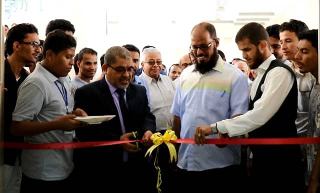 رئيس جامعة حضرموت يفتتح مشروع برنامج تطوير مكاتب الجودة ومعرض الكتاب بالجامعة