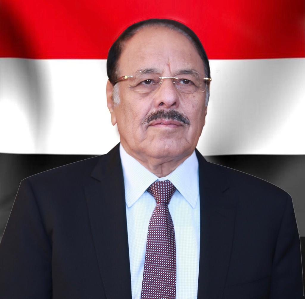 نائب رئيس الجمهورية يعزي في وفاة الخبير الاقتصادي محمد أحمد الجنيد